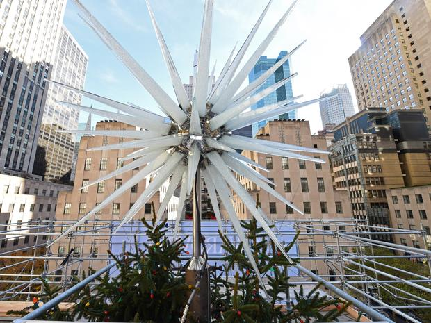 A view of the Swarovski tree topper set on top of Rockefeller Center's Christmas tree.