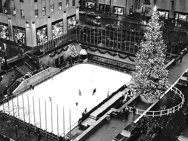 An overlook view of the Rockefeller Plaza, The Rink and Christmas Tree in 1971.