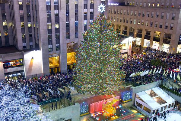 2016 Rockefeller Center Christmas Tree Lighting at Rockefeller ...